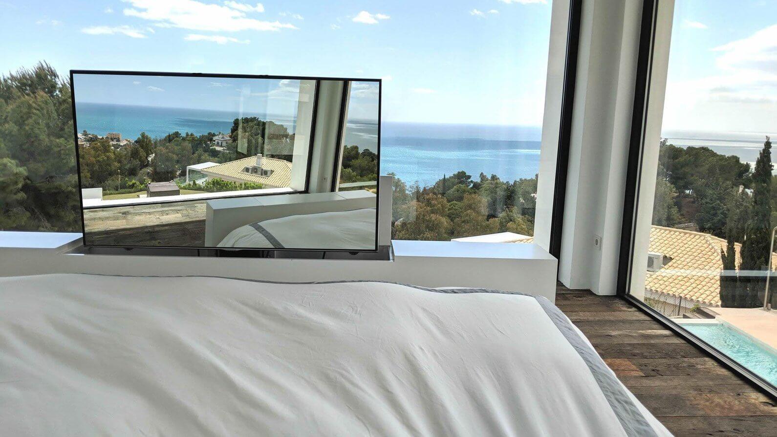 Mueble TV 200cm para dormitorio. Costa del Sol. 1.900€ Aprox