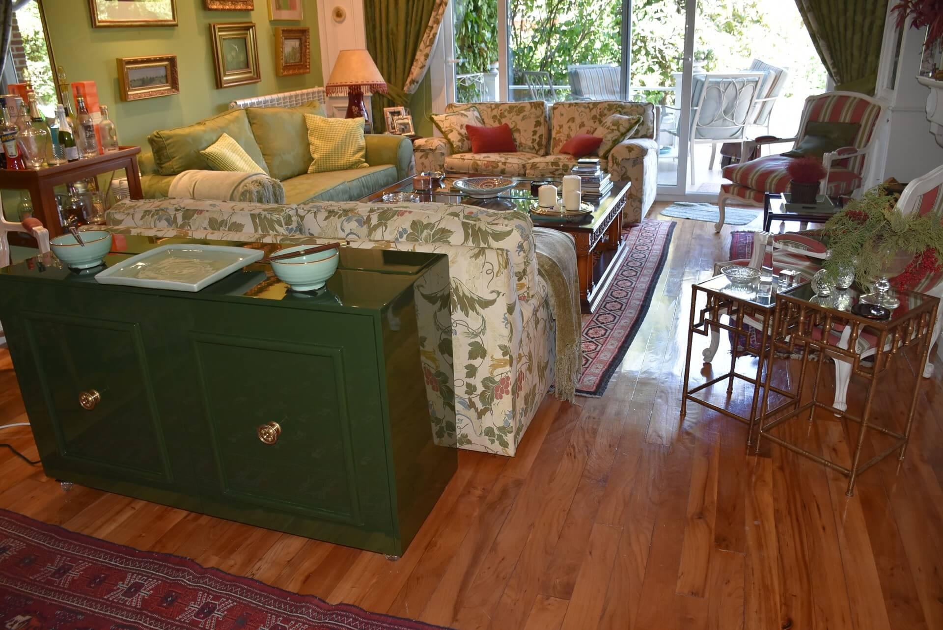 Mueble tv con puertas estilo clásico - Pozuelo