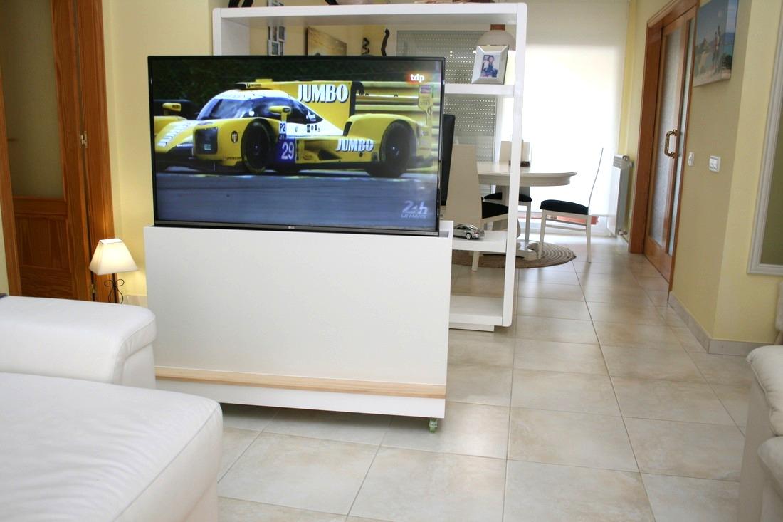 Acabamos de entregar este mueble compacto que combina lo clásico con lo moderno