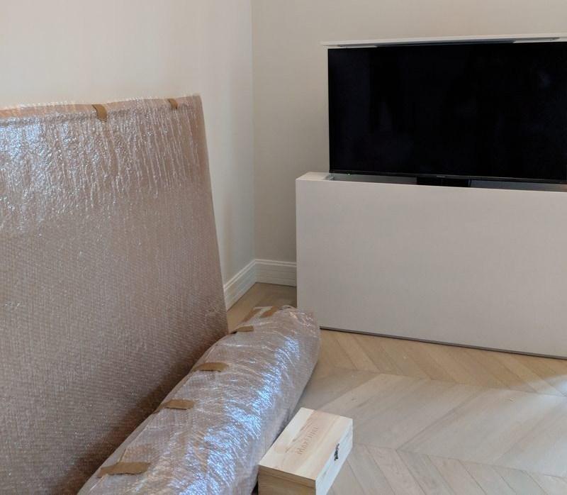 Instalados 2 nuevos muebles a medida para TV en Madrid
